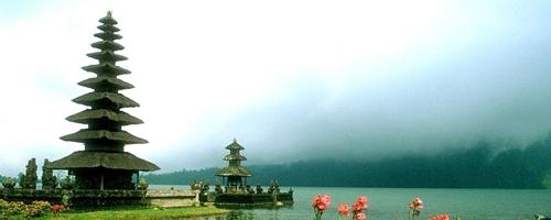 Bali holiday packages from Hyderabad to Kintamani Volcano, Ubud Shopping, Tanjung Benoa Beach, tour packages from Hyd & Honeymoon holiday packages Love My Tour