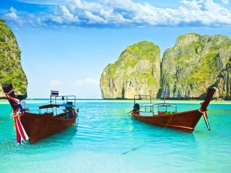 Best Domestic & International Tour Packages from Hyderabad to Singapre & Malaysia, Thailand, Dubai, Srilanka, Himachal, Goa, Kerala, Jammu & Kashmir, Europe, Hong Kong Lovemytour.com